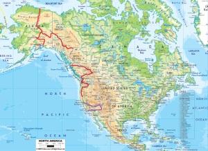 En rouge : le trajet à vélo. En violet : trajets en stop, train ou voiture